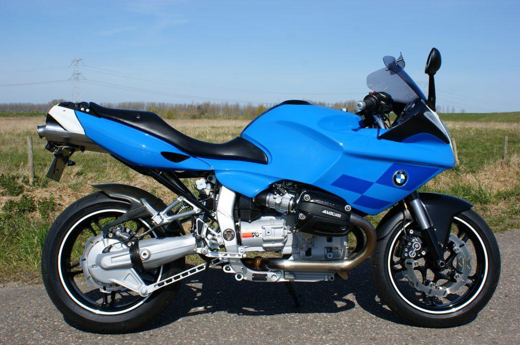 VERKOCHT BMW R1100S Boxer Cup Replica