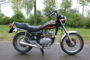 Kawasaki LTD305  (A2 rijbewijs geschikt)